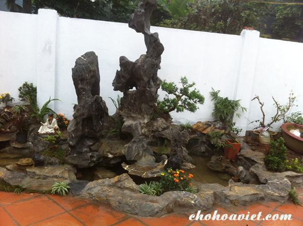 Thiết kế tiểu cảnh sân vườn đá mini