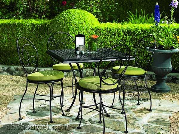 bàn ghế trang trí sân vườn 3