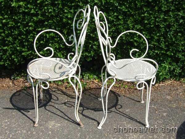 bàn ghế trang trí sân vườn5