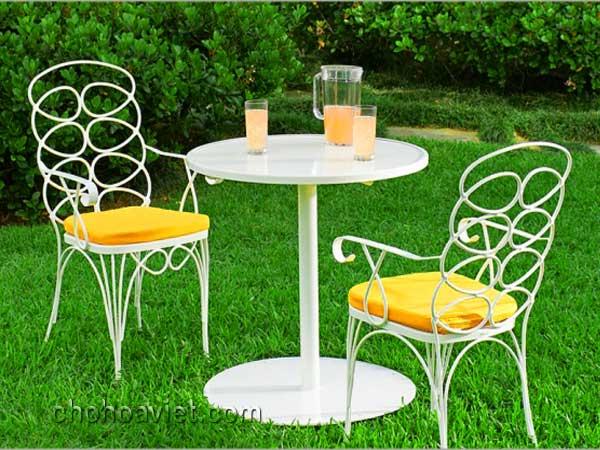 bàn ghế trang trí sân vườn8