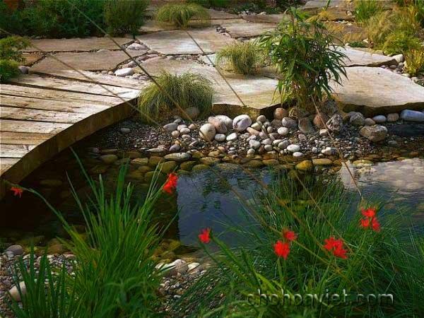 cầu trang trí sân vườn6
