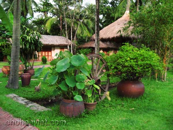 Gốm sứ trang trí sân vườn1